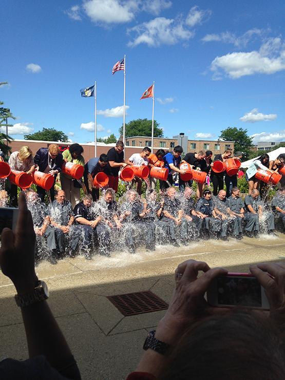 Ice Bucket Challenge Soaks UPD & Campus Leaders