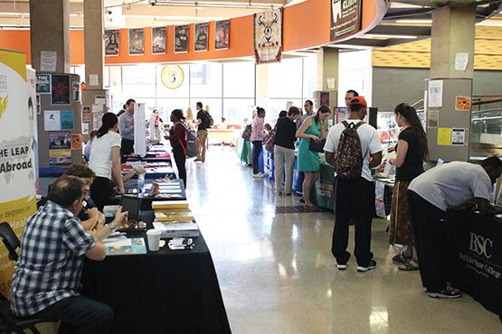 College prepares for grad school fair