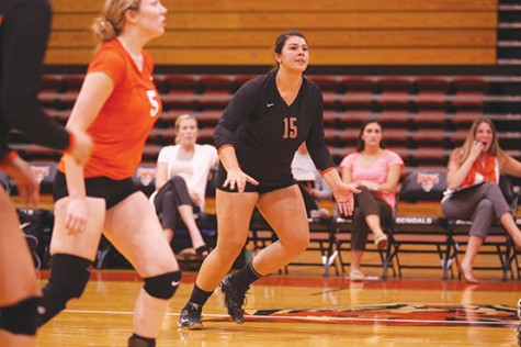 Volleyball splits pair, moves to 10-7