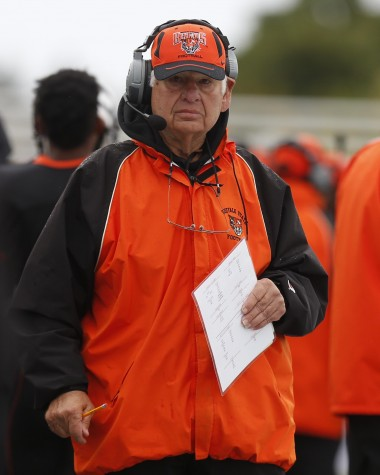 Longtime Buff State offensive line coach Zinni dies