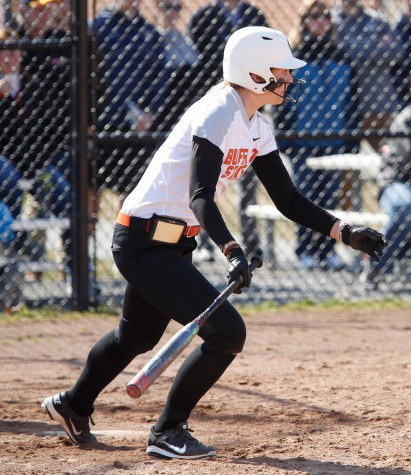 Softball begins spring with winless weekend