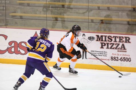 Women's hockey ties No. 1 Plattsburgh on Senior Day