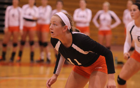 Volleyball bounces back strong after opening season with 3 straight losses
