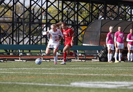 Early woes continue for Women's Soccer; fall to Nazareth, 3-1