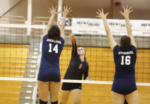 Volleyball winning streak approaches school record after weekend sweep