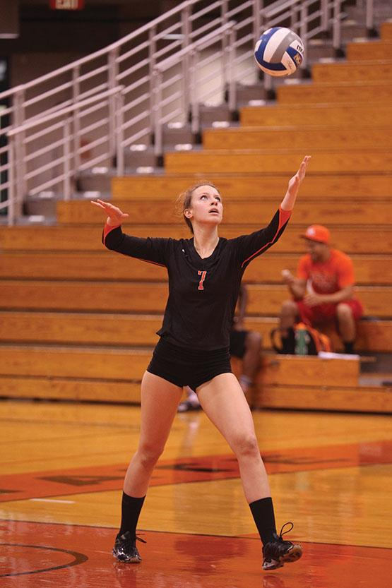 Kayla Pyc and the Bengals swept Medaille in three sets.