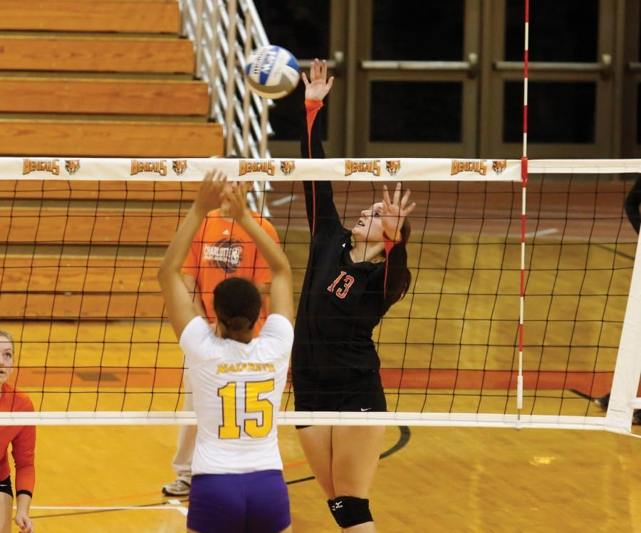 Junior outside hitter Hannah Renaldo had 11 kills in the three games over the weekend.