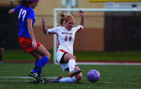 Women's soccer secures SUNYAC playoff berth
