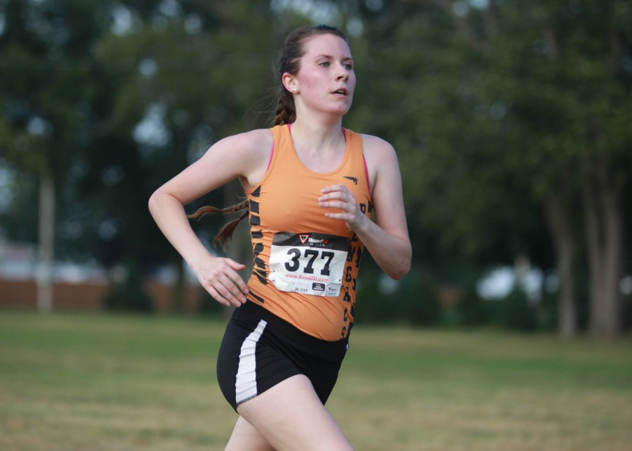 Kat McNamara 38th overall to lead the womens cross country team.