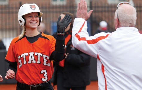 Buffalo State blanks Bears, sweeps weekend
