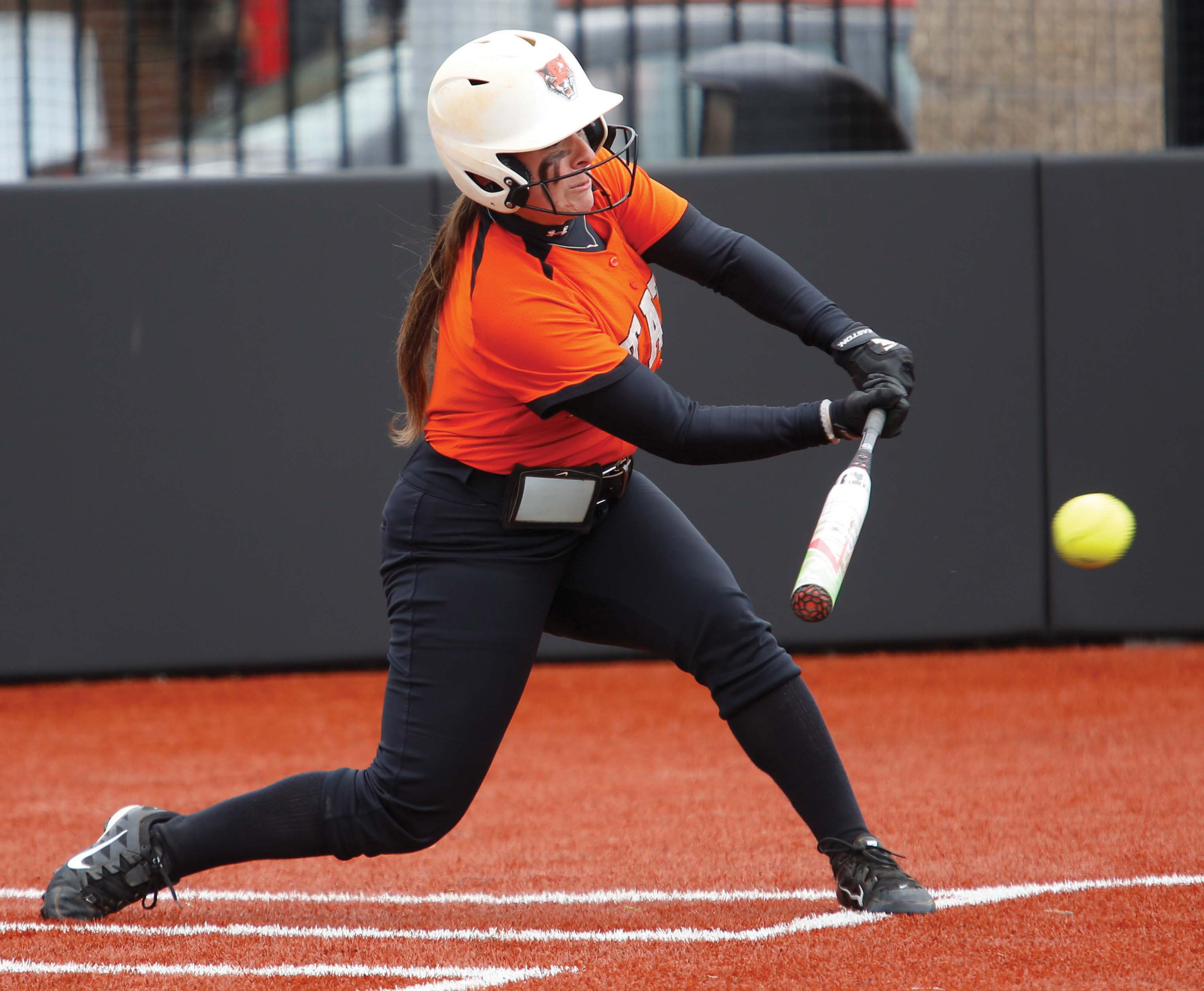 Stephanie Novo went 10 for 22 with two home runs over the week.