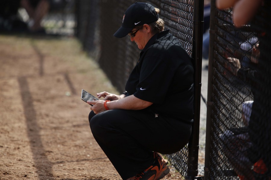 Carriere, Roarke leave programs after decade-long tenures to highlight coaching carousel