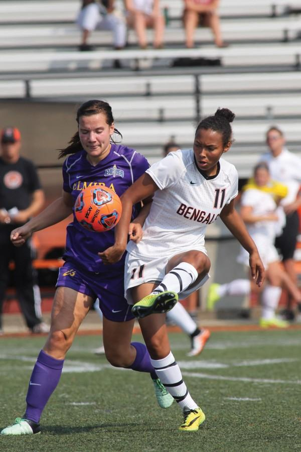Sophomore forward Tianna Hatch scored two goals on Saturday, leading the Bengals to a 4-2 win.