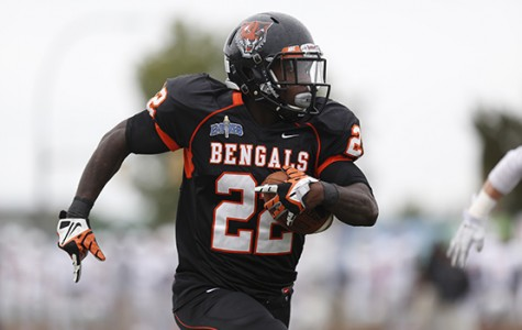 Buffalo State claims third-straight I-90 Bowl win, tops Brockport, 35-28