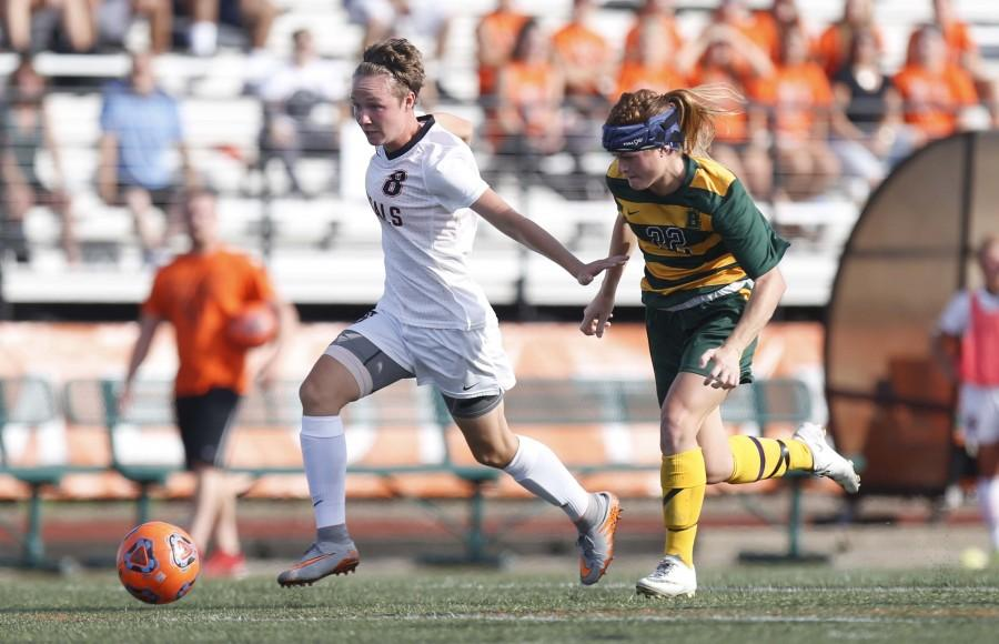 Sophomore midfielder Breanna Knight was named the SUNYAC offensive player of the week after scoring a pair of goals in three consecutive Buffalo State wins.