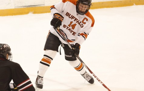 Men's hockey hops past Kangaroos in weekend sweep