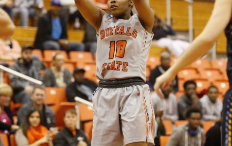 Keyone Edwards had 13 points and 3 assists in Tuesday's season-opening win.