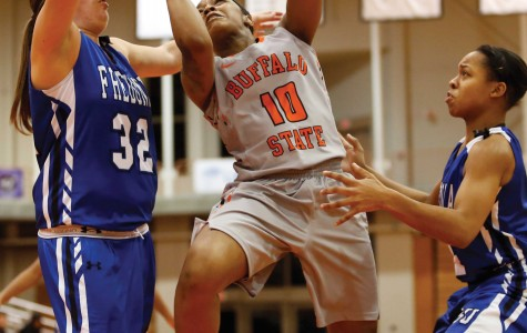 Edwards recorded 29 points and 12 rebounds to guide the Bengals over Oswego on Saturday.
