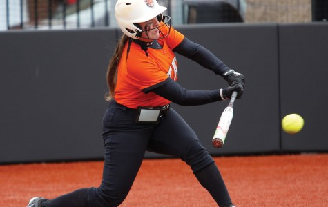 Bengals split double header ahead of home opener