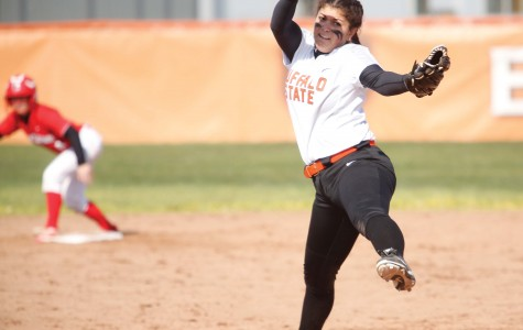 Softball shuts out New Paltz to salvage split