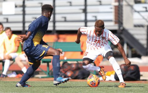 Men's soccer knocked out of NCAA playoffs by Hobart, 2-0