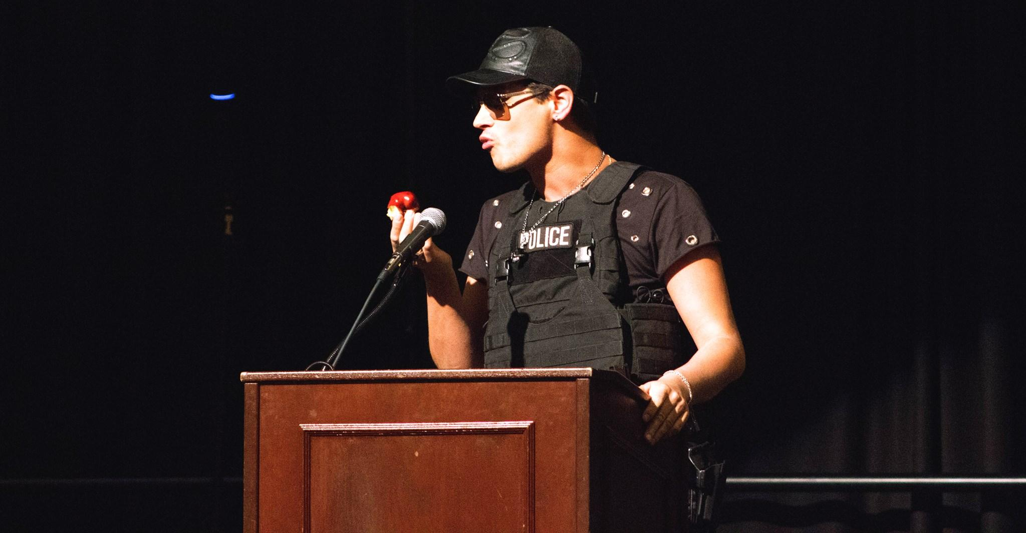 Milo Yiannopoulos speaking at the University of New Mexico.