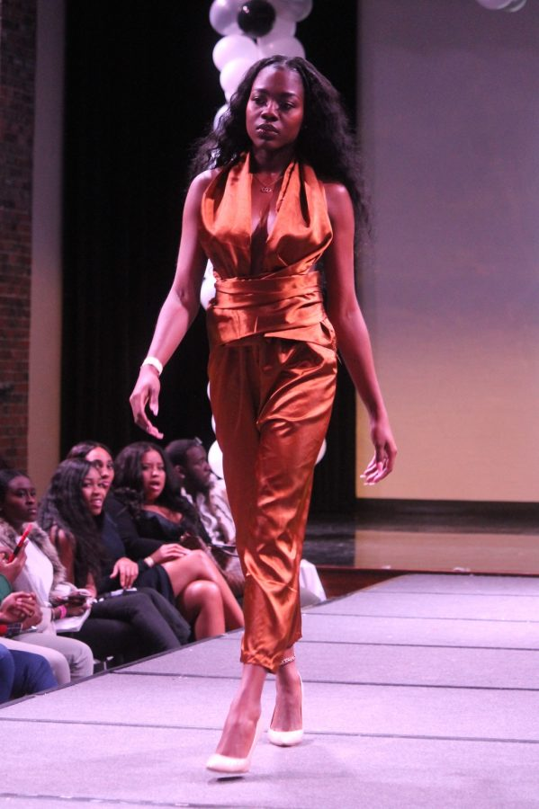 PHOTO GALLERY: FSA Avant Garde spring fashion show