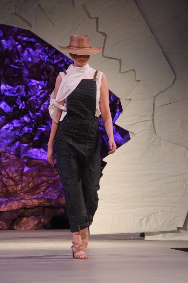 "PHOTO GALLERY: Runway 10 ""Remember Imagine"" Fashion Show"