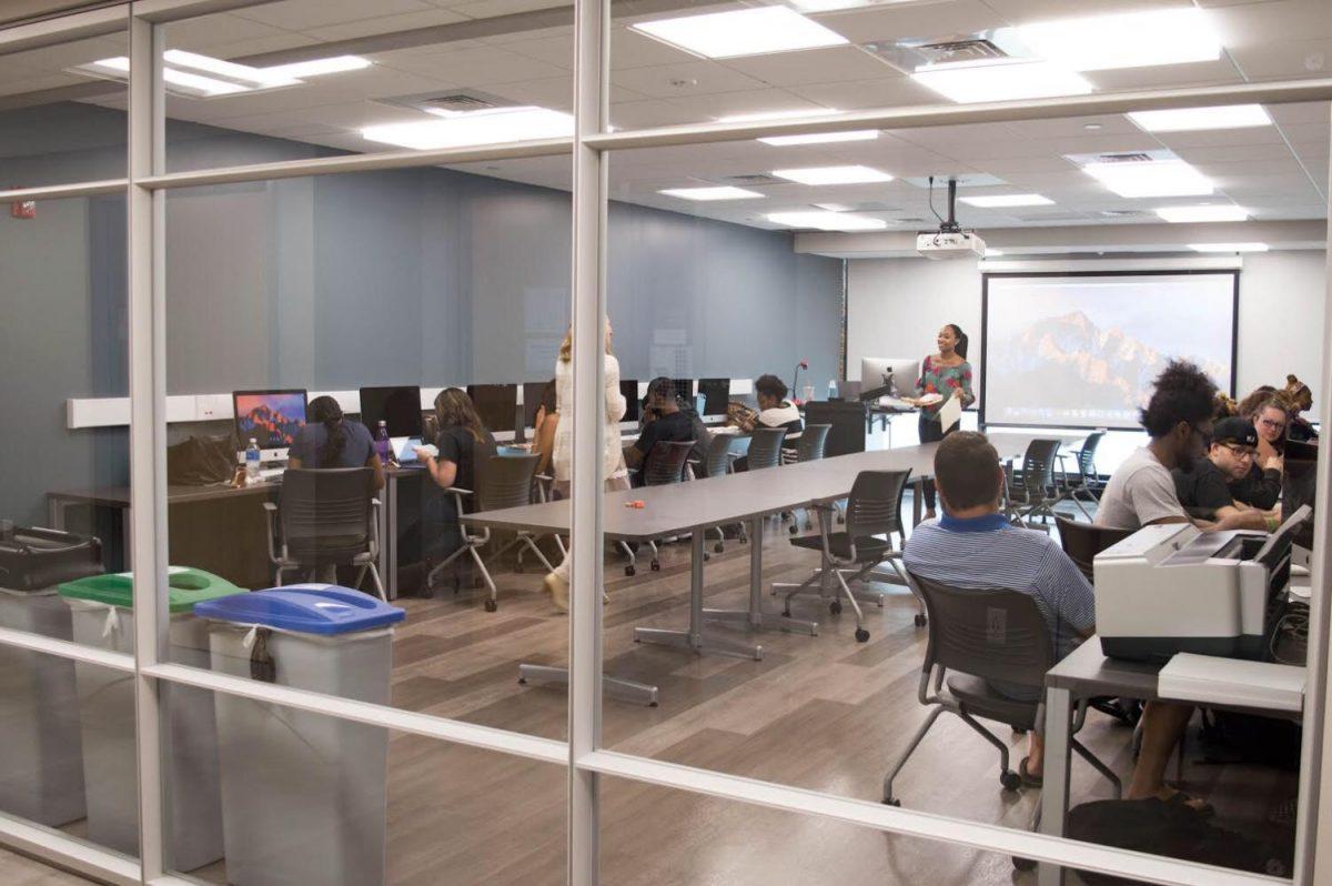 New classrooom and computer lab in Buckham Hall / Photo by Yomira Meregildo