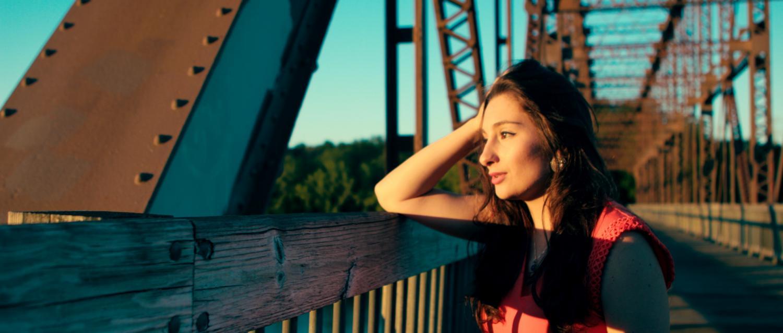 Raquel De Souza, a SUNY Buffalo State alum, released her first music video