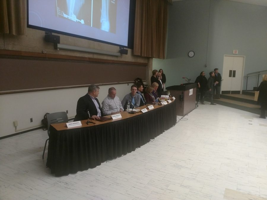 Panelists+discuss+gun+violence%2C+safety+on+campus+and+mental+health.