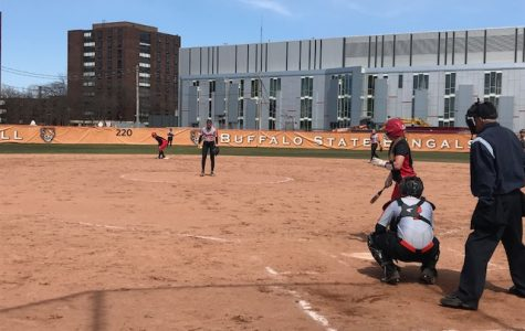Szymkowiak leads Softball in sweep over Plattsburgh