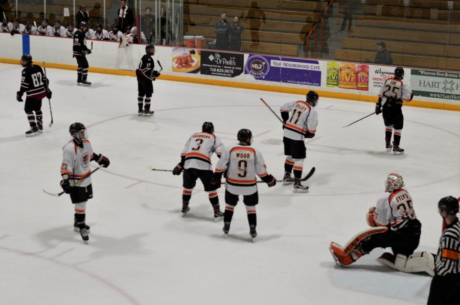 Penalty Kill fails Men's Hockey, fall to Oswego; 4-1