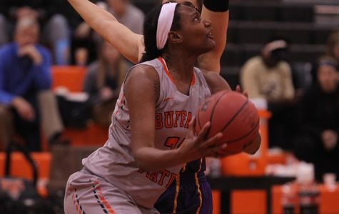 Women's Basketball momentum halted by Geneseo, 68-57