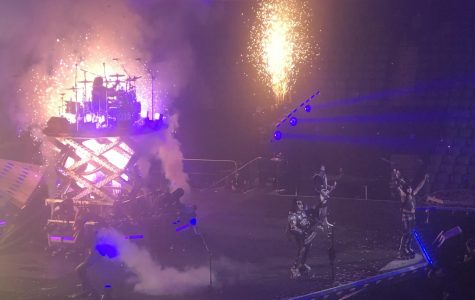 "Kiss delivers memorable ""End of the Road"" performance in Buffalo"